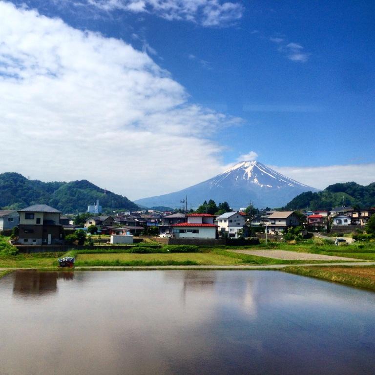 Mt. Fuji Dari Kereta Menuju Stasiun Kereta Kawaguchiko.